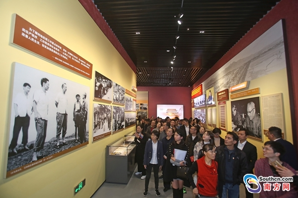Exhibition of Guangdong's 40 years of reform and opening-up attracts many visitors